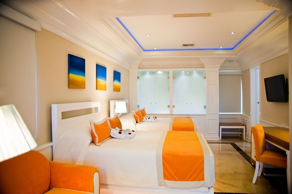Cofresi Palm Beach Spa Resort At Lhvc Resorortoluxury
