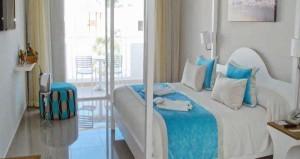 dream-suites-Superior-Deluxe.3-R2